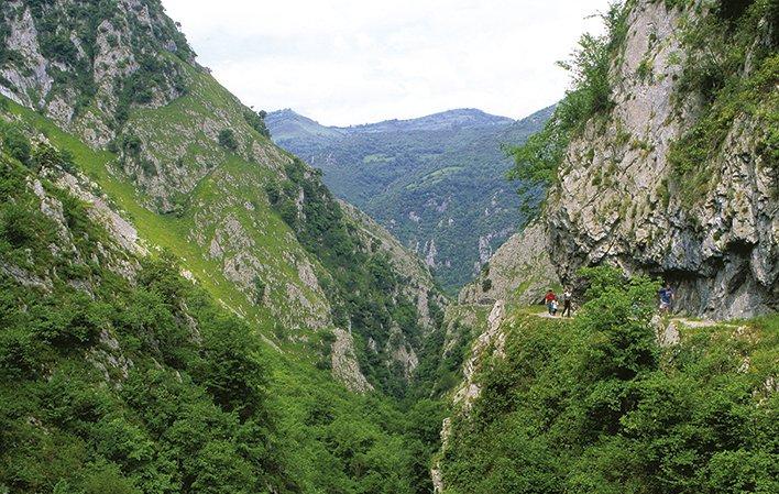 Desfiladero de Las Xanas - Mejores Rutas en Asturias - RK Agencia Iglesias